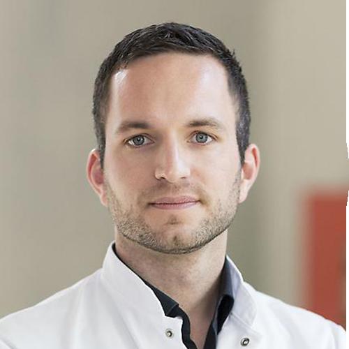 PD Dr. Christoph Spinner vom MRI München